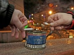 Антитабачный закон отправит курильщиков в загон