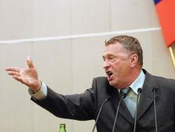 Жириновский пообещал выгнать из партии всех курящих