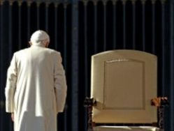 Почему отрекся папа римский