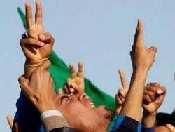 Ливия закрывает границы с Египтом и Тунисом