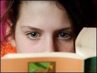 Почему женщины читают больше мужчин?