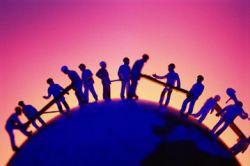 Общение в социальных сетях расширяет пропасть между людьми