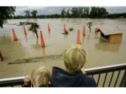 Количество жертв наводнения на севере Папуа-Новой Гвинеи возросло до 200 человек