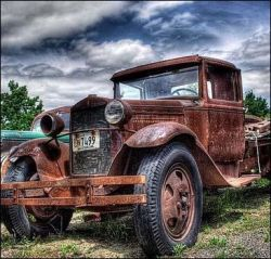Антикварные автомобили раскрывают тайны гангстеров (фото)