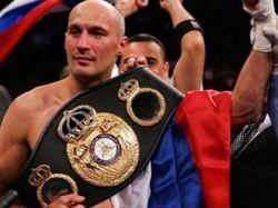 Роман Кармазин вновь стал чемпионом мира по боксу по версии WBA