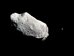 Новость на Newsland: НАСА: возможно столкновение астероида Апофис с Землей в 2068 году