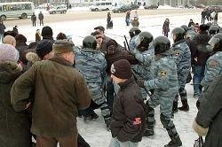 На страницах и экранах мировых СМИ Россия предстала в образе мента, избивающего дубинкой протестующих граждан