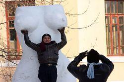Фестиваль скульптур из снега и льда (фото)