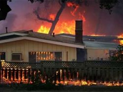 США: В пожарах в Малибу могут обвинить любителей вечеринок