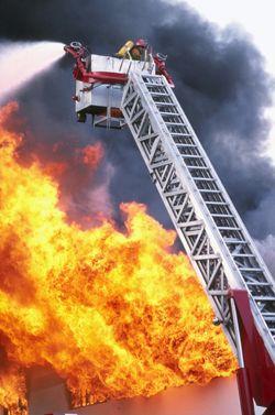 Пожар в небоскребе, где расположен дом престарелых, произошел в Хьюстоне