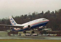 Boeing-737 аварийно сел в аэропорту Ростова-на-Дону