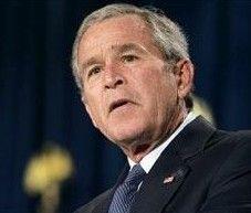 Джордж Буш призвал российские власти отпустить задержанных оппозиционеров