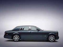 Rolls-Royce выпустил для избранных уникальный Phantom