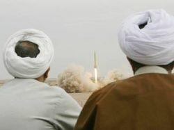 """Иран создал новую баллистическую ракету \""""Ашура\"""""""