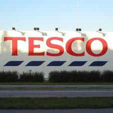 Крупнейшая британская торговая сеть Tesco планирует открывать магазины в России