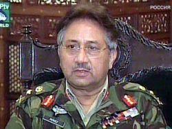 Первез Мушарраф сложит с себя в среду полномочия Верховного главнокомандующего
