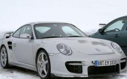 Чиновникам мало BMW, Audi и Mercedes-ов: ГИБДД Петербурга купила себе новенький Porsche