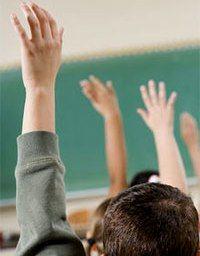 Студентам и преподавателям предписывают директивы о 100−процентной явке на выборы