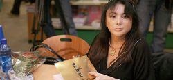 """Новый роман Марины Юденич \""""Нефть\""""  борется с Гарри Поттером Джоан Роулинг"""