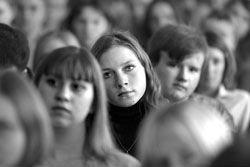 Студентов угрозами заставляют идти на выборы