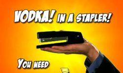 Работники американских офисов пьют водку через степлер? (видео)
