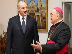 Лукашенко пригласил папу Франциска в Белоруссию
