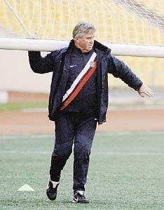 Останется ли Гуус Хиддинк тренером сборной России по футболу?