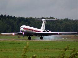 На юге Казахстана аварийно сел самолет Ил-62