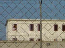 Заключенные испанской тюрьмы взяли в заложники надзирателей
