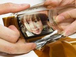 Первый эластичный OLED дисплей (видео)