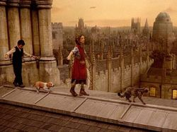 """В Лондоне прошла премьера фильма \""""Золотой компас\"""": картина оказалась в центре скандала"""