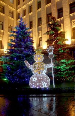 Как отметить Новый Год, не покидая родных широт?