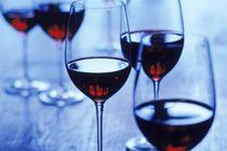Целебному компоненту красного вина нашли более эффективную замену