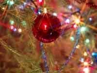 Украшения на новогодние ёлки в столице подорожали на 10%