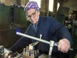 Новость на Newsland: Россиянам предлагают отложить выход на пенсию на 5 лет