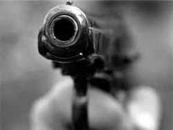 В Хасавюрте депутату прострелили руку и ногу