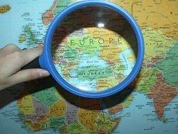 Чей же это призрак бродит по Европе?
