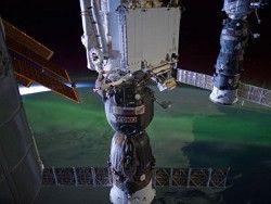 Прибор с МКС зафиксировал позитронные следы темной материи