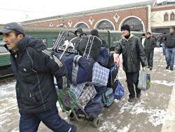 Мигрантам, нарушившим закон, могут закрыть въезд в РФ на 10 лет