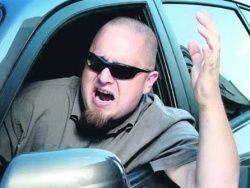 Автомобилистов больше злят дураки, чем дороги