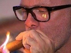 Новость на Newsland: В Лос-Анджелесе штрафуют за курение дома и на балконе