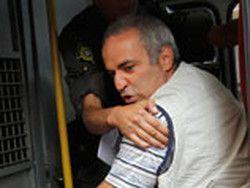 Новость на Newsland: Оппозиция зафиксировала политическую смерть Каспарова