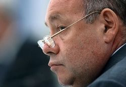 Зачем Михаилу Швыдкому выгораживать Феликса Киселeва?