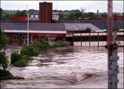 Калифорнии угрожают наводнения