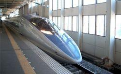"""Новые японские скоростные поезда \""""Синкансэн\"""" быстрее и умнее предшественников"""