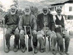 Долгожителей в мире стало меньше
