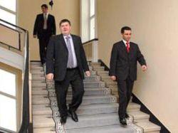 Латвийское правительство уходит в отставку из-за недоверия общества