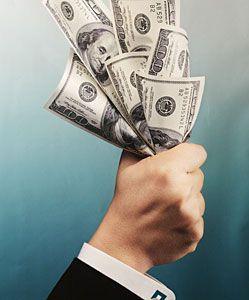 Эксперты прогнозируют в 2008 году серьезное укрепление доллара по отношению к евро - на 7%