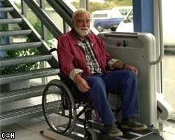 В Германии пенсионер в инвалидной коляске вдвое превысил лимит скорости на дороге