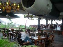 El Avion - ресторан из самолета (фото)